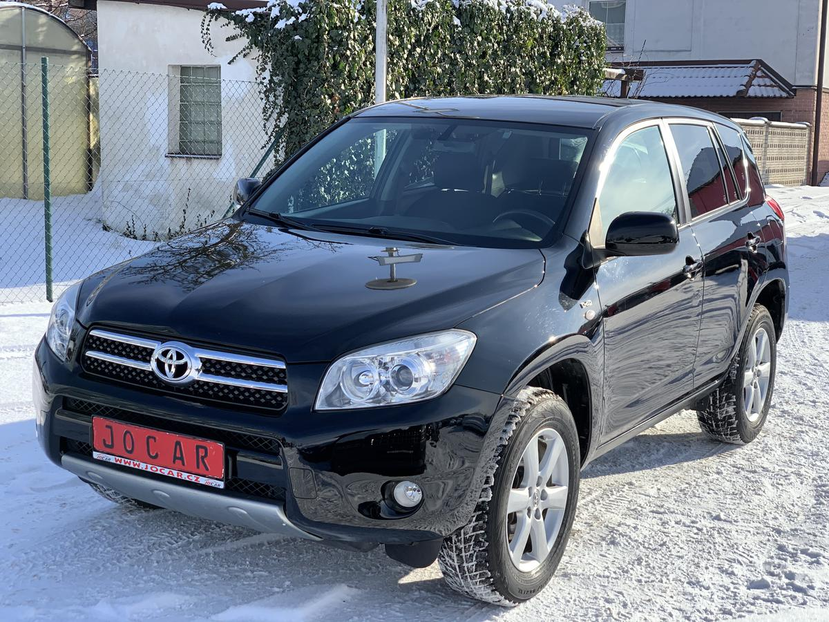 Toyota RAV4 2.2 D-4D 4X4 MAN-6 SPEED KLIMA